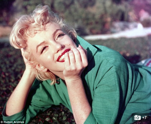 Marilyn_Monroe_smiling